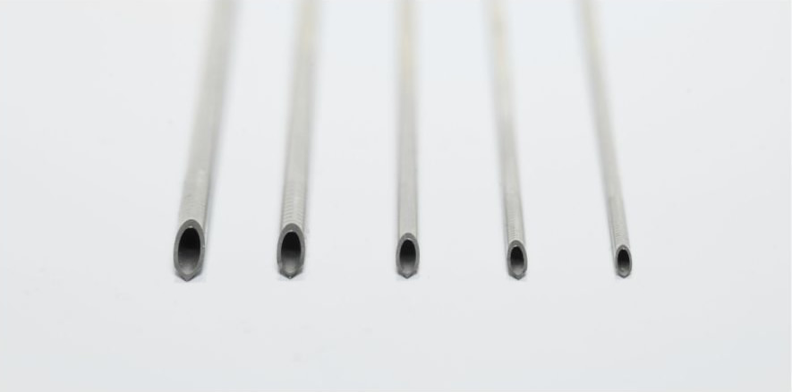 Manual single lumen aspiration needles